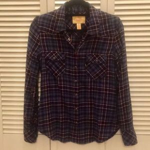 Levis Flannel Shirt, size Medium